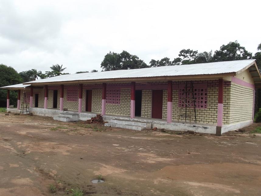 Schulgebäude in Modia